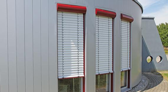 Rollladen Fur Fenster Als Aufsatzkasten Putzkasten Vorbauvariante